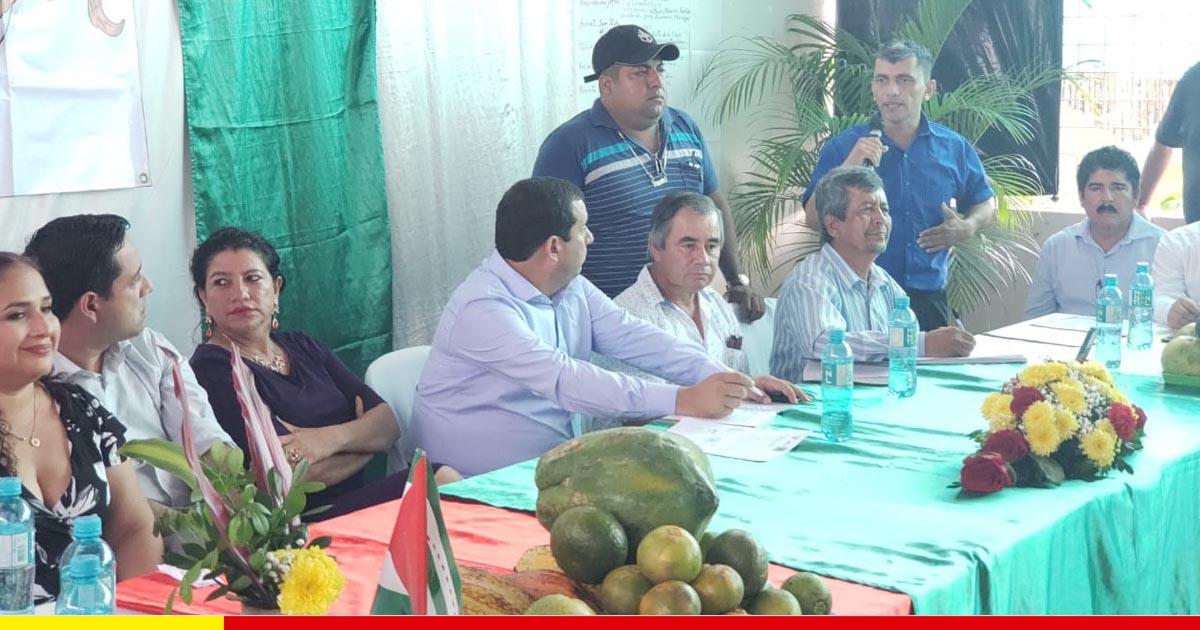 Entre 14 y 16 de cada 100 km de vías rurales a construir en Manabí serán de Chone