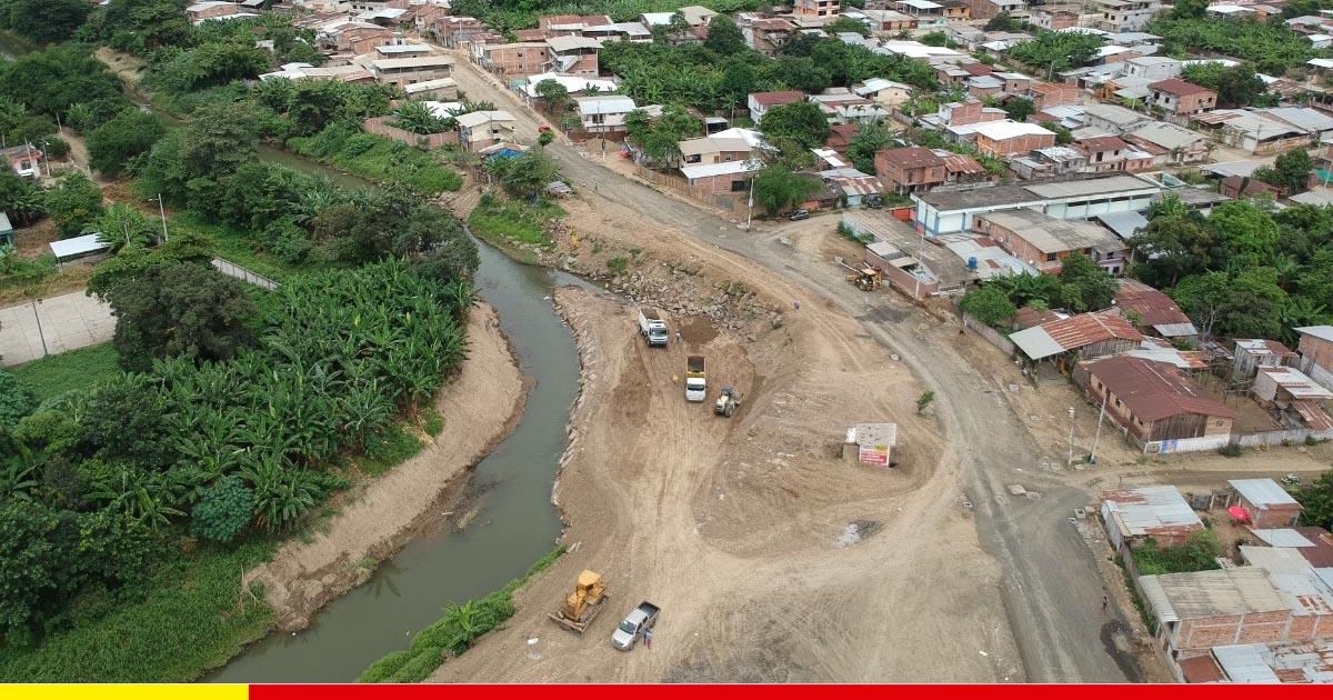 El río es encauzado para recuperar malecón con construcción de vía en Puerto Arturo