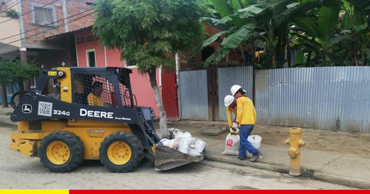 Más de 12 km de aceras y 209 sumideros han sido limpiados en los últimos 36 días