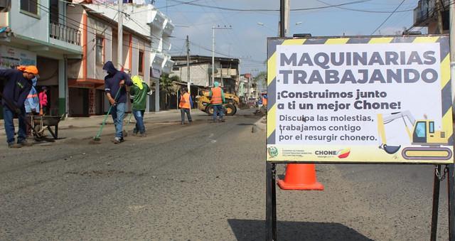Desaparecen los huecos en la avenida Carlos Alberto Aray