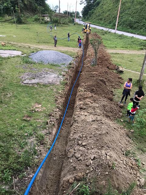 Servicio es fortalecido en la zona rural, junto a las comunidades, para dar agua a 226 familias