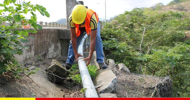 Reparada tubería que dota de agua a más de dos comunidades