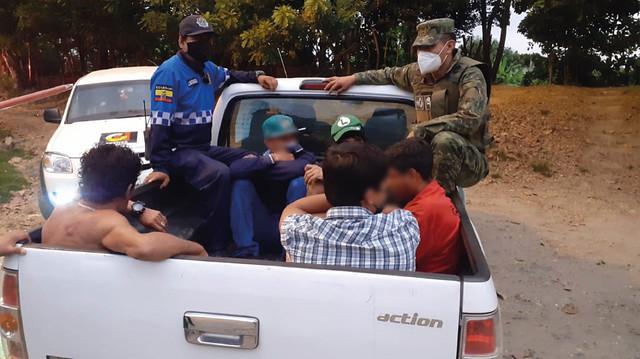 Más de 10 personas detenidas por infringir el horario de toque de queda y las restricciones del COE Nacional