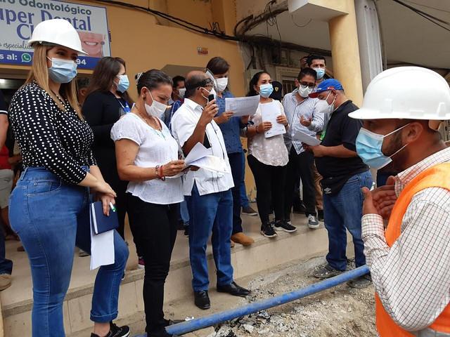 Concejales recorren obras que se ejecutan en Chone