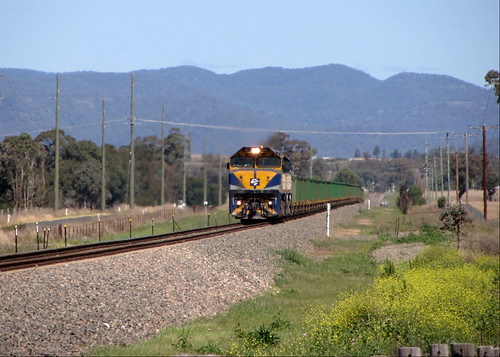 Locos VL359+VL351 lead a Newcastle bound Ore train from the far west of NSW. Seen at Denman, NSW - 19/9/13