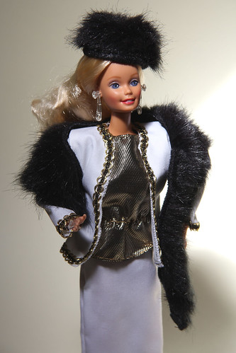 Crystal Barbie wearing City Style #4417 (1987)