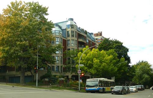 Approaching Parc du Mont-Royal, Montréal, Québec