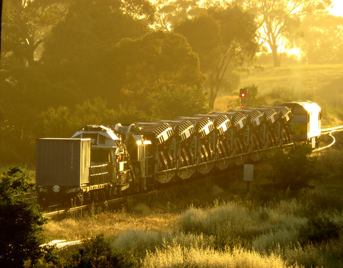 RM80 Ballast cleaner train - morning glint