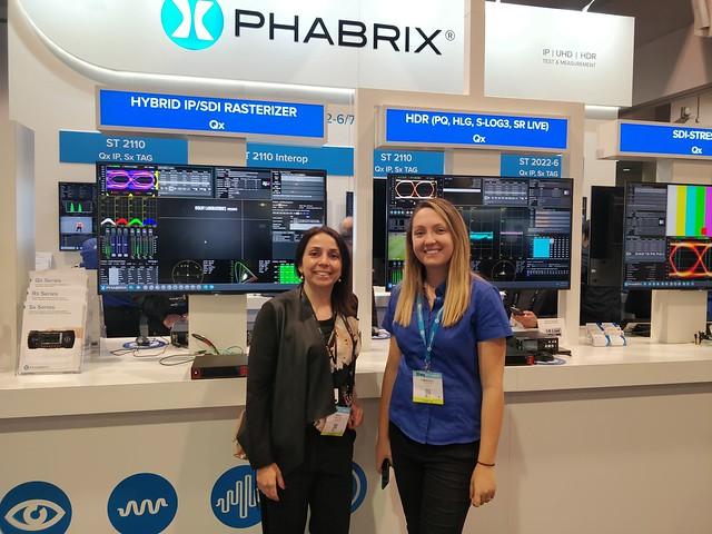 Nuestra CEO con Kimberley, compañera de Phabrix