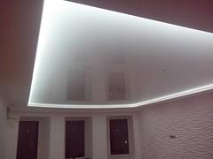 Transparentne i podświetlane sufity1