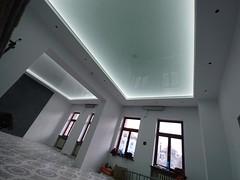 Transparentne i podświetlane sufity27
