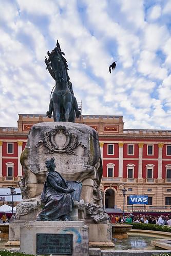 Plaza del Rey al fondo Ayuntamiento