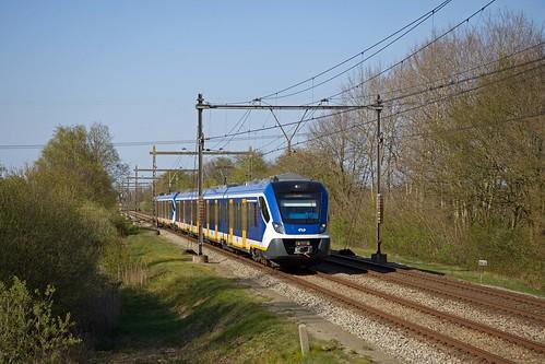 2 x NS SNG - trein 8164 Groningen - Zwolle  - Beilen