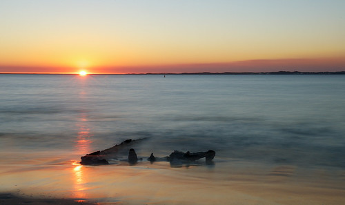 Sunset Rockingham, with the ( Amur) 1887  wreck.