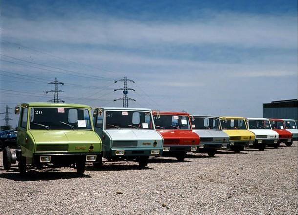 Berliet-Stradair - En 1970, Bruxelles décrète une longueur maximale pour les poids-lourds. L'architecture à cabine avancée devient la norme. A contrario, les « long-nez » sont bannis. Or, Berliet est le spécialiste du