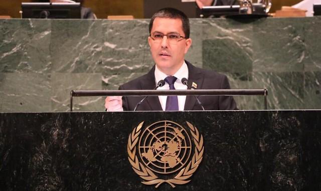 """EUA impõem sanções a chanceler venezuelano, que fala em """"desespero"""" de Washington"""
