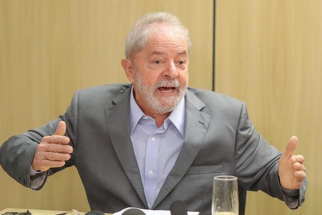 Lula falou por quase duas horas aos jornalistas Florestan Fernandes Jr. e Mônica Bergamo - Créditos: Ricardo Stuckert