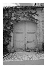 Portail - Flavigny-sur-Ozerain - Photo of Gissey-sous-Flavigny