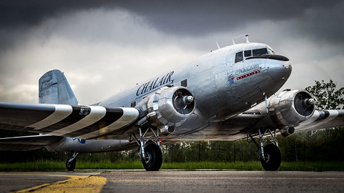 Douglas C-47B F-AZOX Chalair Aviation