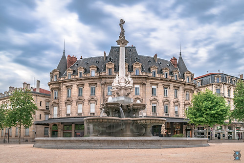 Fontaine Monumentale, Valence