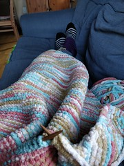 The advantage of knitting a baby blanket on a cold day