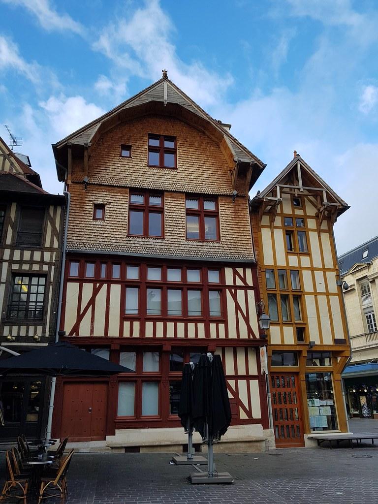 TROYES - Carte plan hotel ville de Troyes 10000 - Cartes France.fr