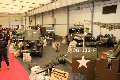 Stand militaire