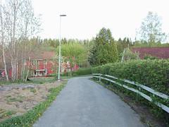 Mellom husene( Kråkåsveien) , Askim, Indre Østfold, Norway