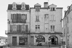 The Driving School - Photo of Château-l'Évêque