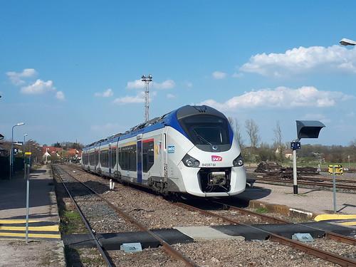 Niveau-Unterschied zwischen Zug und Bahnsteig (1)