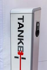 TankE elektrische Ladestation von Rheinenergie auf der E-Cologne Outdoormesse für nachhaltige Mobilität