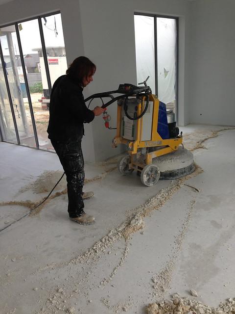 grinding-of-terrazzo-tiles