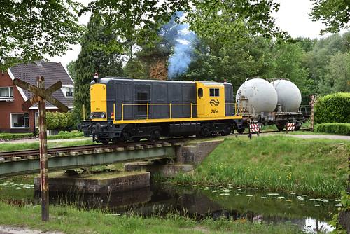 BSH 2454 met bollenwagen, Stadskanaal, 19-05-2018
