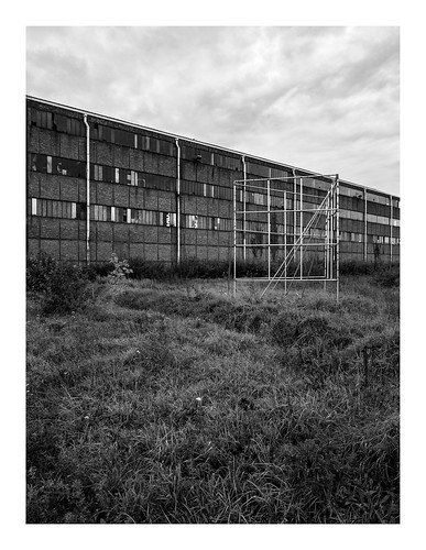 170930_172418_oly-PEN-f_heusden-zolder_de schacht_6/9