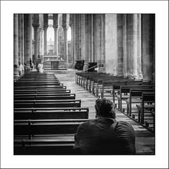 Nous sommes tous des pèlerins /  We are all pilgrims