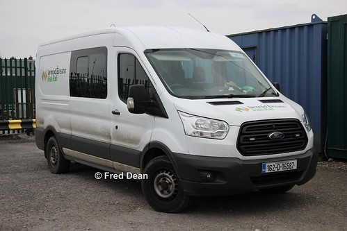 Irish Rail Ford Transit (162D16587).
