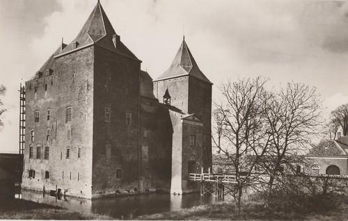 Ansichtkaart - Gorinchem, Slot Loevestein (Uitg. onbekend)