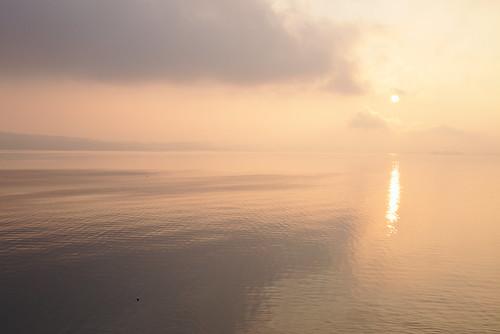 Lever de soleil brumeux - Misty sunrise