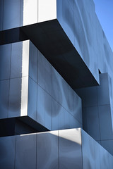 Biomedical Teaching and Learning Building_Detail 1