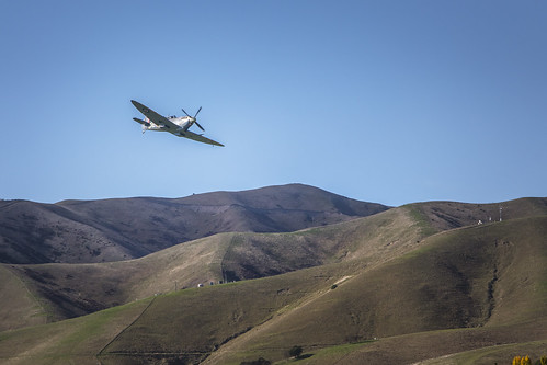 Old warrior, Spitfire Mk IX over Omaka hills