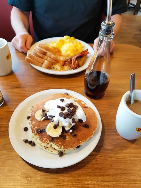 Breakfast at Denny