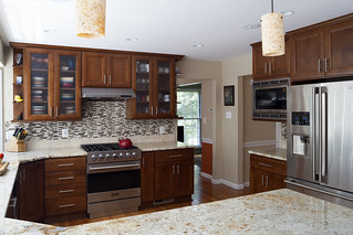Kitchen_Brown_flooring-7