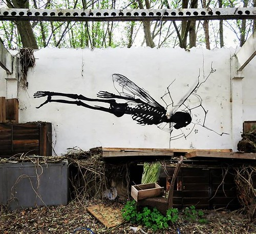 #ghent update : somewhere hidden ... #flyingcanbescary / #streetart by #klaasvanderlinden. . #Gent #graffiti #Belgium #urbanart #graffitiart #streetartbelgium #graffitibelgium #visitgent #muralart #streetartlovers #graffitiart_daily #streetarteverywhere #
