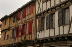 Medieval Town Center - Photo of Saint-Quentin-la-Tour