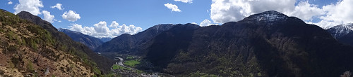 Panoramablick ins südliche Maggiatal vom Bergweiler Cropp (709 m.ü.M.)
