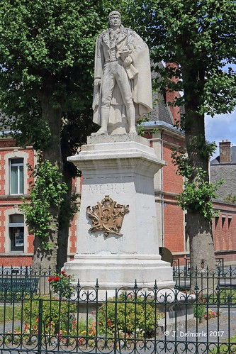 08 GIVET - Statue d'Etienne Nicolas Méhul