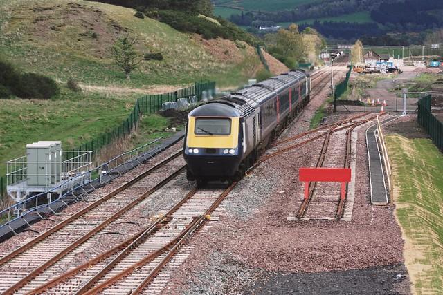 BLD14-14 Scotrail HST 43164 heads past Blackford with Glasgow Queen Street-bound train 27-04-19