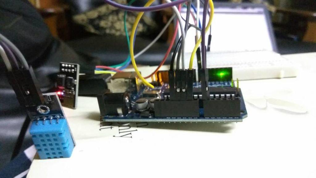 33863074498 2883b5b255 b - arduino for beginners