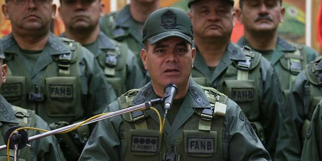 """Chefe das forças armadas da Venezuela: """"Golpistas querem derramamento de sangue"""""""