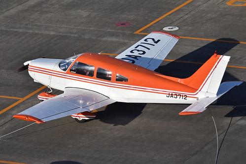 Piper PA28-151 Cherokee Warrior 'JA3712'